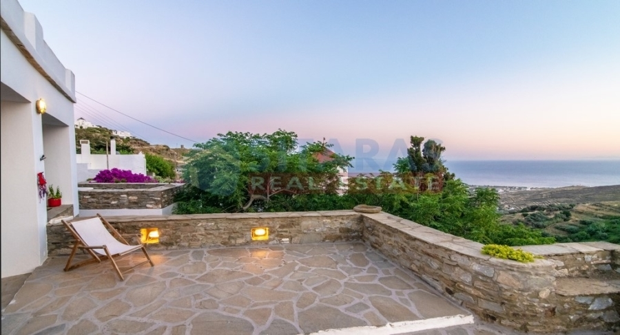 (En vente) Habitation complexe || Cyclades/Tinos Chora - 241 M2, 5 Chambres à coucher, 800.000€