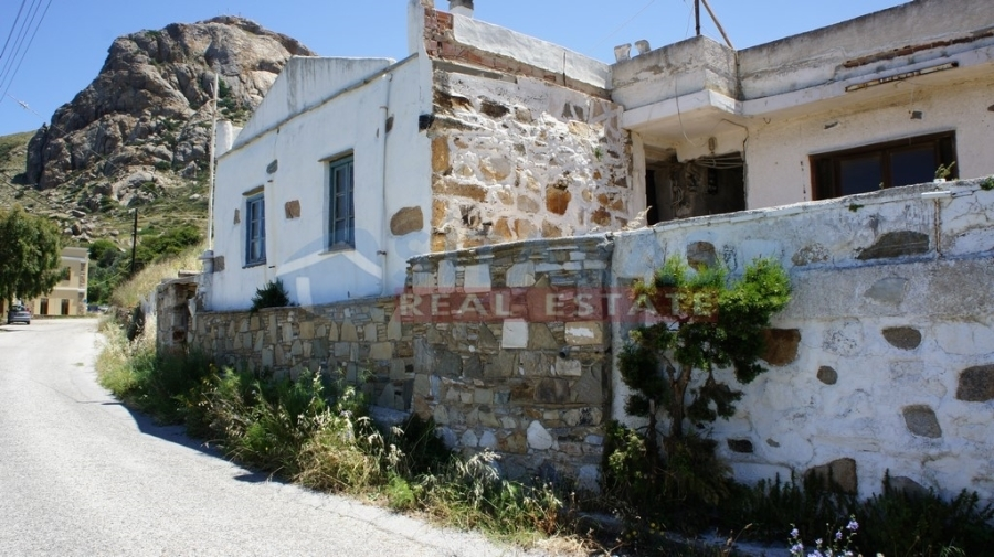 (For Sale) Residential Traditional Residences || Cyclades/Tinos-Exomvourgo - 83 Sq.m, 1 Bedrooms, 150.000€