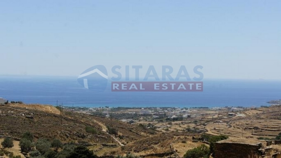 Land of 4 acres with a building capacity of 200 sqm