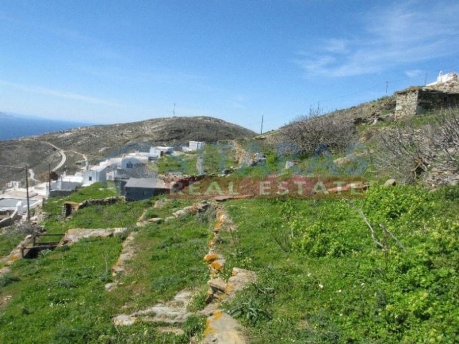 (For Sale) Land Plot || Cyclades/Tinos-Exomvourgo - 758 Sq.m, 120.000€