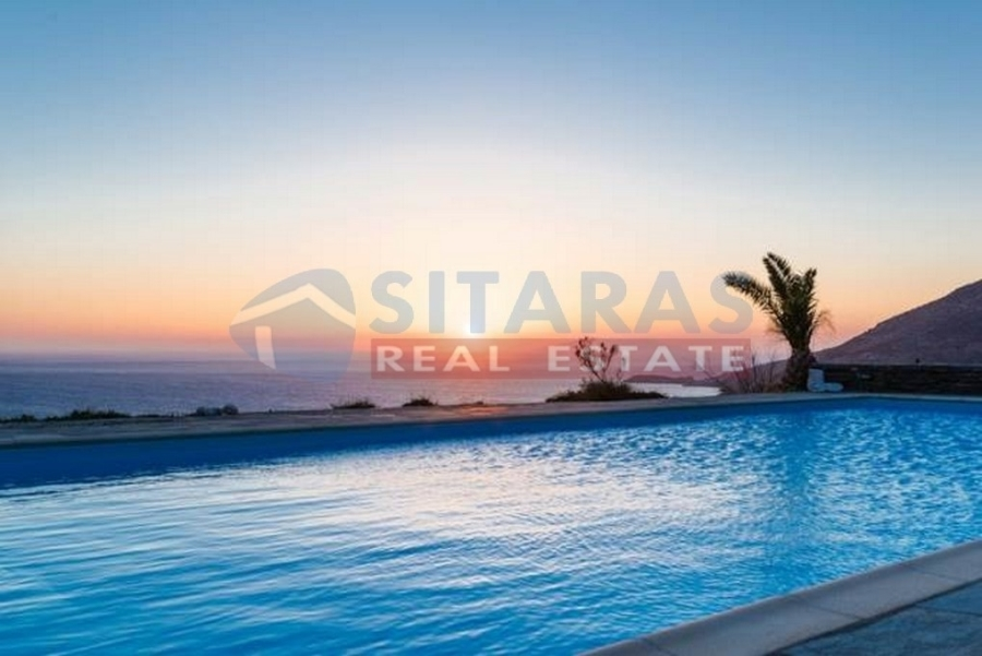 (For Rent) Residential Villa || Cyclades/Tinos-Exomvourgo - 400 Sq.m, 8 Bedrooms