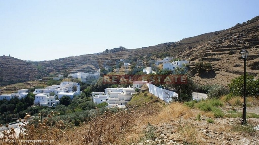 (For Sale) Land Plot || Cyclades/Tinos Chora - 750 Sq.m, 53.000€